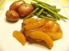 Tomates cerises et Basilic: Côtelettes de porc glacées aux pêches