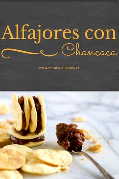 Los alfajores con chancaca o atoradores son clásicos en el norte de Chile, principalmente en La Serena y Coquimbo. Una alternativa diferente. I Love Food, Good Food, Yummy Food, Chilean Recipes, Chilean Food, Peruvian Desserts, My Favorite Food, Favorite Recipes, Cake Servings