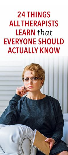 24 Things All Therapists Learn That Everyone Should Actually Know 24 Dinge, die alle Therapeuten lernen sollten Health Benefits, Health Tips, Coaching, Therapy Tools, Trauma Therapy, Psychology Facts, Personality Psychology, Learning Psychology, Psychology Experiments