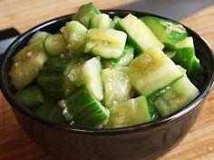 Yüksek Tansiyonu Düşüren Salatalık ve Sarımsak Salatası