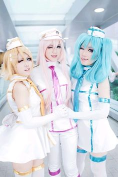 tricolore airline  Cosplay Cure Hatsunemiku MegurineLuka KagamineRin vocaloid 初音ミク ボーカロイド ボカロ 鏡音リン 巡音ルカ