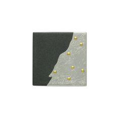 坂本これくしょん 漆のアクセサリー 漆ジュエリー 和木に漆塗りのブローチ