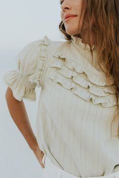 Blouse Styles, Blouse Designs, Diy Fashion, Fashion Outfits, Ladies Fashion, Smocking Patterns, How To Make Clothes, Making Clothes, Sage