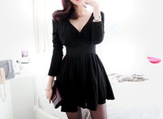 V-Neck Long Sleeves Elegant Style Cotton Blend Solid Color Women's DressVintage Dresses | RoseGal.com