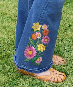 How to embroider jeans embroidery library machine embroidery free project instructions to embroider on jeans ccuart Gallery