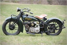 Bucks- family run restoration: Indian motorcycle in forest green <3