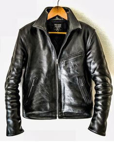Mens Boots Fashion, Leather Fashion, Leather Men, Rock Fashion, Cafe Racer Jacket, Riders Jacket, Tactical Clothing, Vintage Leather Jacket, Gentleman Style
