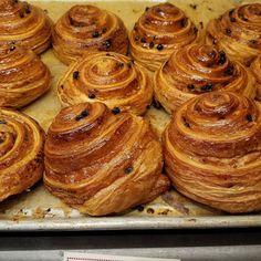 Good Morning!! - - #yahoofood #feedfeed #eeeeeats #nyceats #forkfeed #foodpost #nyceeeeeats #foodiechats #insta_yummy #thebigapple #nycstylelittlecannoli #breadsbakery #breakfast #nycexplored #52food #nycblogger