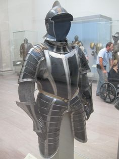 Another look at B&S armor design for Muir