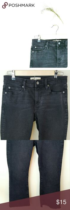 Gap Crop Kick Pants Ashy black petite crop pants with a distressed looked on the tips of the pants. Perfect condition GAP Pants Ankle & Cropped