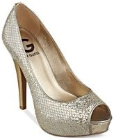G by GUESS Women's Ninza Platform Pumps