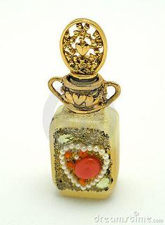 Botella de perfume del collage del corazón de la vendimia