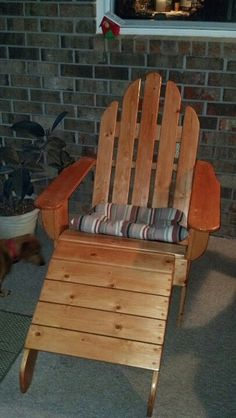 Adirondack chair Adirondack Chairs, Outdoor Chairs, Outdoor Furniture, Outdoor Decor, Pallet Projects, Woodworking Projects, Wood Chairs, Interior Decorating, Yard