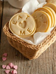 Biscotti alla vaniglia e crema di latte
