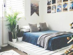chambre-accueillante-idee-fantastique-comment-fabriquer-un-lit-en-palette