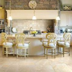 Great kitchen space! Floor is a natural slate visual - Ayers Rock, by Daltile!