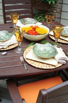 Gracious Tablescapes - love the turtle shell dishes!