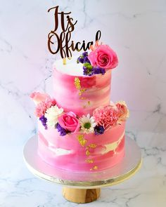 13 Awesome Engagement Cake Designs We Spotted By Indian Bakers! Watercolour floral engagement cake decorated with gold foil and fresh lavender flowers. Engagement Cake Images, Engagement Cake Design, Engagement Cakes, Engagement Ring, Big Wedding Cakes, Fondant Wedding Cakes, Wedding Cake Designs, Naked Cake Image, Fondant Cake Designs