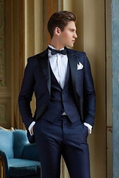 Cheap fitted suit for men, Buy Quality groom men suits directly from China slim fit suit Suppliers: Navy Blue Wedding Tuxedos Slim Fit Suits For Men Jacket Vest And Pants Groom Men Suit Three Pieces F Slim Fit Tuxedo, Slim Fit Suits, Tuxedo For Men, Costumes Slim, Blue Tuxedo Wedding, Wedding Black, Formal Wedding, Costume Smoking, Terno Slim Fit