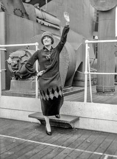 Gloria Swanson Sept. 4, 1924. The future Norma Desmond shipboard in New York. Now where'd we put our close-up lens? Bain News Service glass negative.