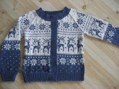 Bentemor sin hobby-blogg!: Strikket jakke med reinsdyr.