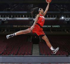 Basket féminin: le dunk de A'ja Wilson - vidéo