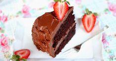 Mehevä suklaakakku, jossa on mehevä suklaakakkupohja sekä täyteläinen suklaatäyte. Suklaatäytekakku, joka todellakin maistuu suklaalle. Mary Berry, Berries, Eat, Healthy, Desserts, Recipes, Food, Tailgate Desserts, Deserts