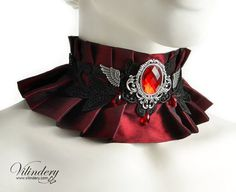 Steampunk Choker Necklace with red glass crystal and by Vilindery