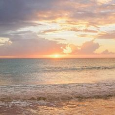 Beautiful World, Beautiful Places, Good Vibe, Pretty Sky, Sky Sea, Sky Aesthetic, Sunset Beach, Aesthetic Pictures, Strand
