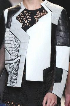 November 2015 - Fendi - S/S 2014 - Prints/Patterns details with Geometric Shapes Geometric Fashion, 3d Fashion, Fashion Designer, Fashion Details, Look Fashion, White Fashion, Womens Fashion, Fashion Trends, Origami Fashion
