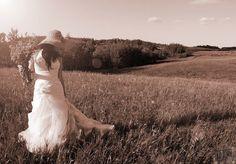 OTP - wedding fun Wedding Fun, Old Town, Otp, Wedding Dresses, Photography, Fashion, Bride Gowns, Wedding Gowns, Moda