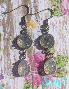 IRIDESCENT 12MM AND TEARDROP DOUBLE DANGLE EARRINGS IN SILVER