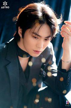 Listen to every Astro track @ Iomoio Park Jin Woo, Jinjin Astro, Astro Wallpaper, Lee Dong Min, Astro Fandom Name, Shared Folder, Sanha, Minhyuk, Rapper