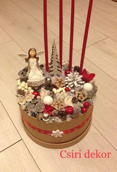 Winter Christmas, Christmas Crafts, Christmas Decorations, Advent Wreath, Deco Table, Snow Globes, Wreaths, Box, Xmas