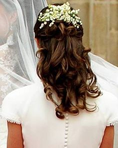 Lily of the Valley Hair Comb Lily of the by SilkFlowersByJean, $25.00 Haircomb with lilies of the valley replica as seen worn by Pippa Middleton at the Royal wedding.
