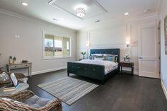 Minimalist bedrooms are so serene.