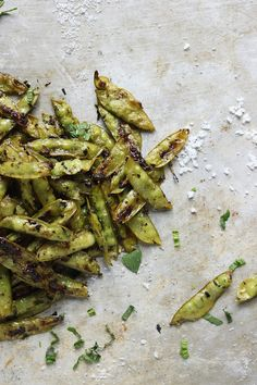 roasted sugar snap peas with mint and sea salt #peas
