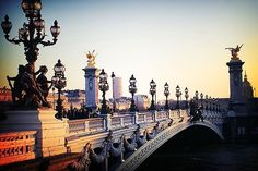 Alexander Bridge, Paris, France  photo via cornibblets