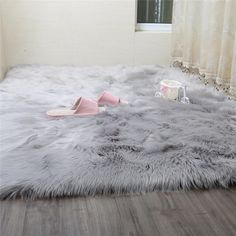 Shaggy Rugs for Living Room . Shaggy Rugs for Living Room . White Faux Fur Rug, Faux Fur Area Rug, Faux Sheepskin Rug, Grey Fur Rug, White Rugs, Gray Sofa, Fur Carpet, Grey Carpet, Rugs On Carpet