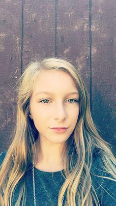This is me. I think I'm pretty, but I'm not sure yet...