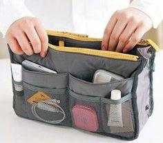 Sabia que a sua bolsa de maquiagem pode carregar alguns germes que podem te deixar doente? Olha lá no blog algumas dicas de como deixá-la a prova de germes: http://mantostore.blogspot.com.br/2013/07/como-deixar-sua-bolsa-de-maquiagem.html