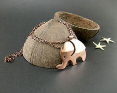 Szczęśliwy słonik  http://oryginalna-bizuteria.pl/opis/3939933/naszyjnik-szczesliwy-slonik.html