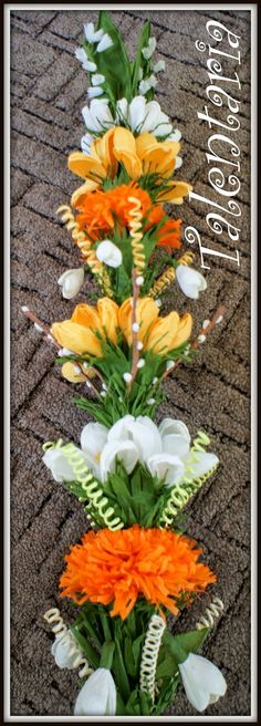 Polish easter palm, Zrób to z Nami - Palma Wielkanocna Polish Easter, Polish Folk Art, Paper Flowers, Diy And Crafts, Table Decorations, Aga, Quilling, Pictures, Ideas