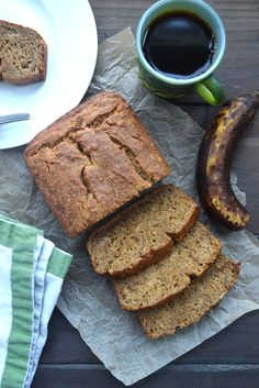 The best Vegan Banana Bread! Just pure goodness. Perfect for breakfast, dessert, or a midday snack. Best Vegan Banana Bread Recipe, Vegan Bread, Banana Bread Recipes, Plant Based Breakfast, Breakfast For Kids, Breakfast Recipes, Breakfast Dessert, Vegan Breakfast, Whole Food Recipes