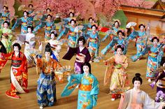 One of the traditional dances you can enjoy in Kyoto during the fall season is Gion Odori. Odori means dance, while Gion is a very popular Geisha district in Kyoto. In fact, in the novel Memoirs of…