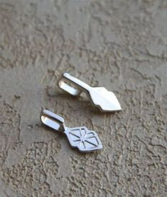 100 Sterling Silver Plated water-drop Glue on Pendant Bails for Dichroic Glass