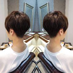 Image may contain: one or more people Pixie Cut Thin Hair, Short Hair Cuts, Short Hair Styles, Mom Hairstyles, Short Hairstyles For Women, Shaved Nape, Pelo Pixie, Hair Arrange, Love Your Hair