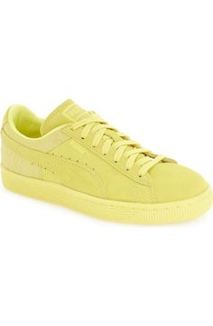 How cool are these signature Puma sneakers in a vibrant lime color? Classic suede in an electric hue will make these trendy kicks standout.