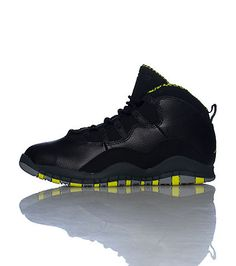 Jordan Mens Retro 10Venom Leather and Synthetic Backetball Shoes 8