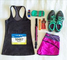 Who's racing or meeting up with a running group this weekend?! What events? Here's where you can find #SPIbelt: - The @thesfmarathon BOOTH 610 25% off sale  - Quad City Times BIX 7 w/ @running_wild_davenport - 8am run group and bagels w/ @columbusrunning on Saturday  Interested in having SPIbelt sponsor your running group? Contact aberd@spibelt.com! -  : @eatspinrunrpt